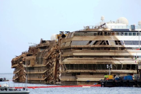 italian cruise ship raised